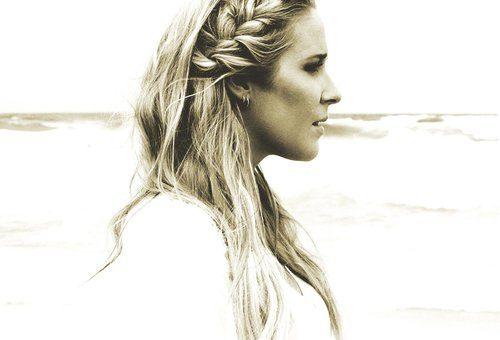 Catherine Britt award winning country star  2020